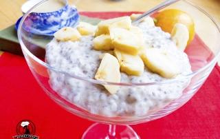 Семена чиа с йогуртом