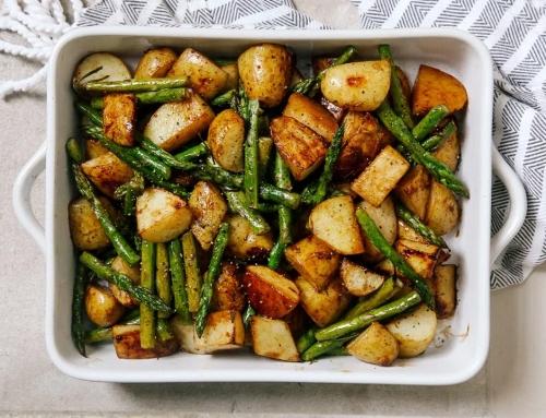 Рецепт спаржи с молодой картошкой и бальзамическим уксусом